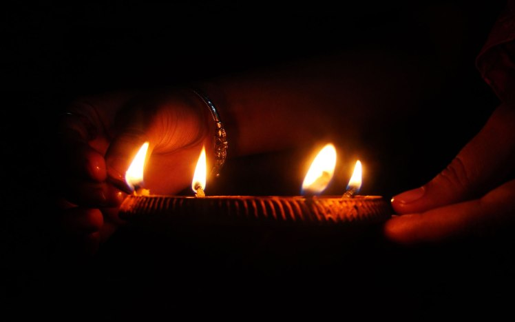 Diwali-Diya-HD-Wallpapers-For-Facebook