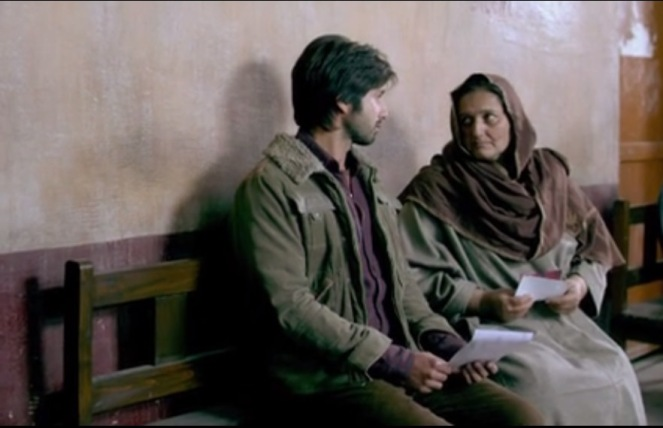 The most touching scene of the movie.. Feelings necessarily doesn't have to have words...