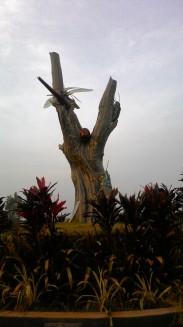 Tree statue..